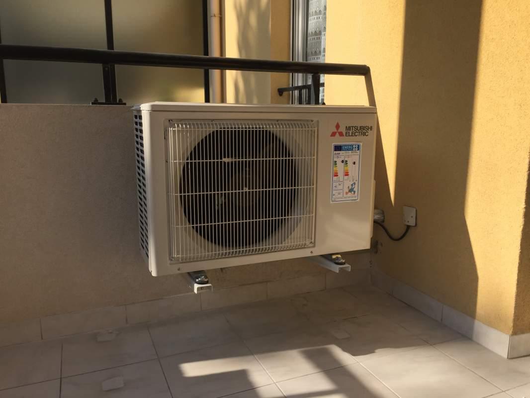 remplacement accumulateur par un mural msz fh 35 hyper heating mitsubishi electric simiane. Black Bedroom Furniture Sets. Home Design Ideas
