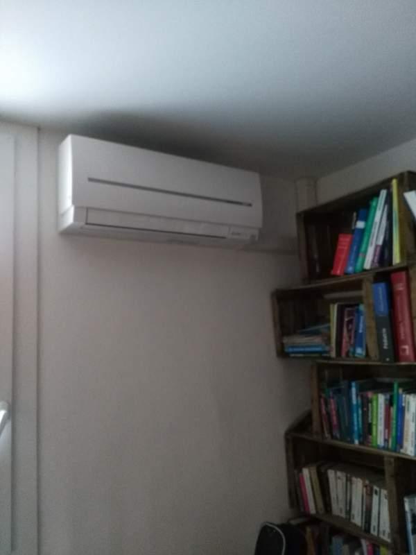 faire installer une climatisation r versible dans une maison de ville marseille 13012. Black Bedroom Furniture Sets. Home Design Ideas